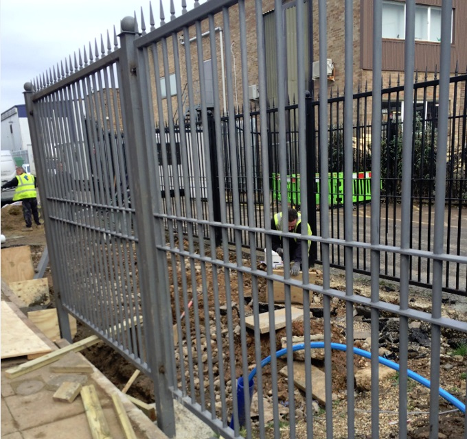 Fencing - Isulation of new heavy duty fencing